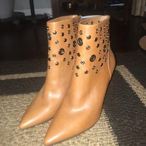 Nine West size 7 shoes.